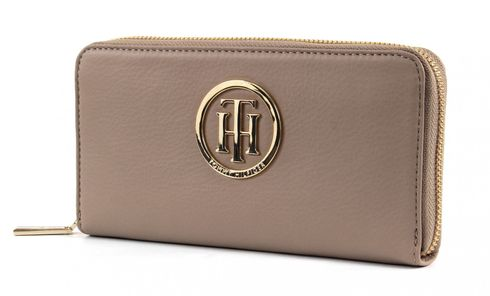 TOMMY HILFIGER Classic TH Large Zip Around Wallet Dune