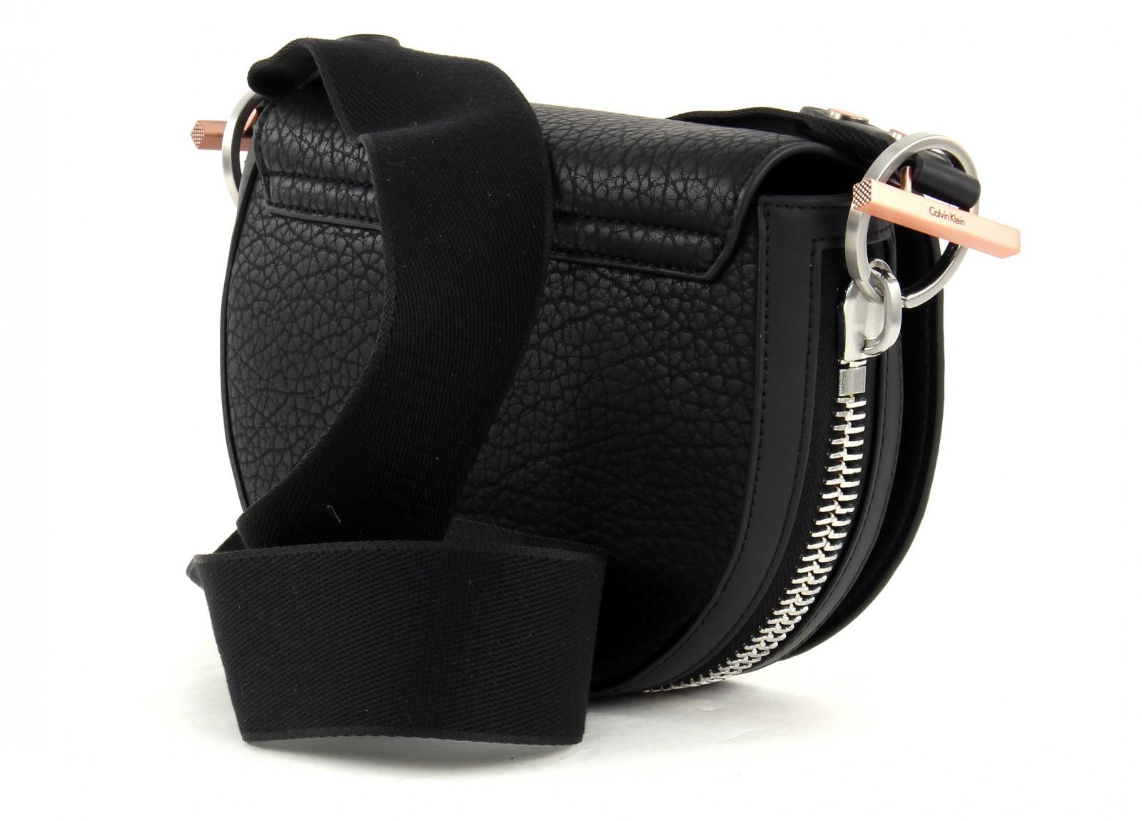 calvin klein shoulder bag quinn saddle black. Black Bedroom Furniture Sets. Home Design Ideas