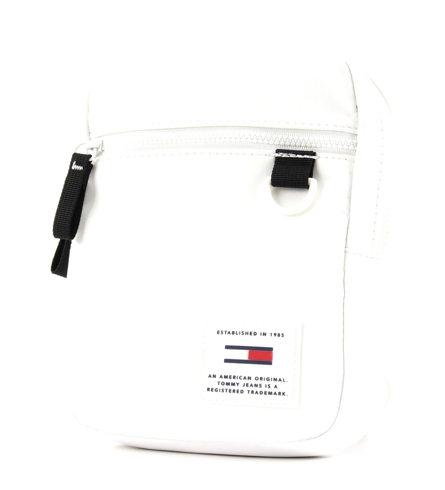 73cde2a6 ... CloseTOMMY HILFIGER TJM Urban Tech Reporter Classic White / 49,32 €*Tap  To CloseOnly possible if you pay by Paypal, Amazon Payments, Credit Card,  ...