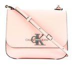Calvin Klein CKJ Monogram Medium Flap Crossbody Blossom online kaufen bei modeherz
